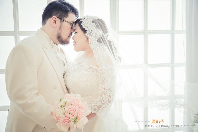 胖新娘婚纱照